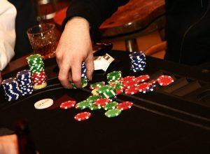 качество игры в покер